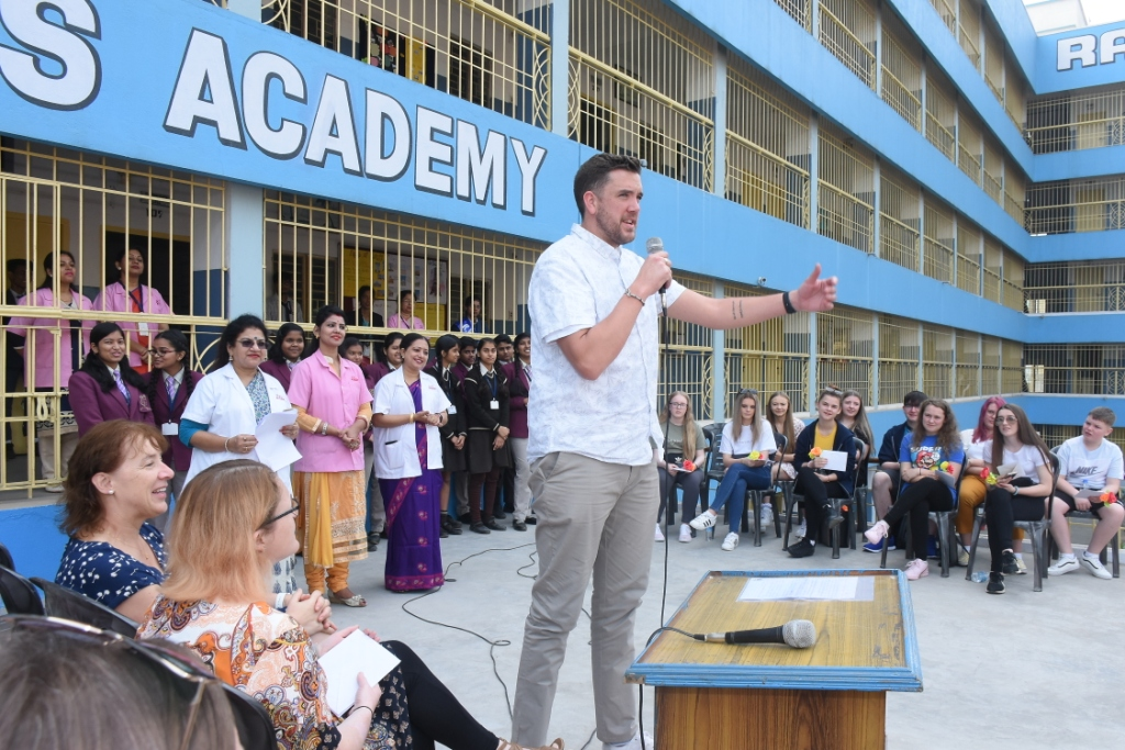 VISIT TO R.V.S. ACADEMY BY EDUCATIONISTS  AND STUDENTS FROM CONSETT ACADEMY U.K.